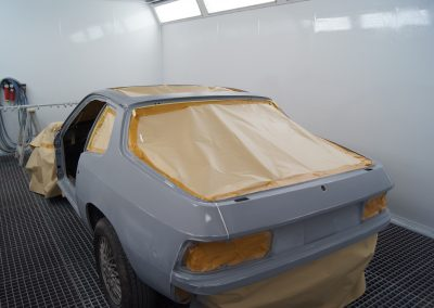 Autolackierung und Karosseriebau in Altenburg   Porsche 924 Autolackierung